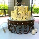 E2C Laurel Cake Stand - Rachel's cake 2